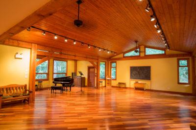 C-Dar Lodge Squamish